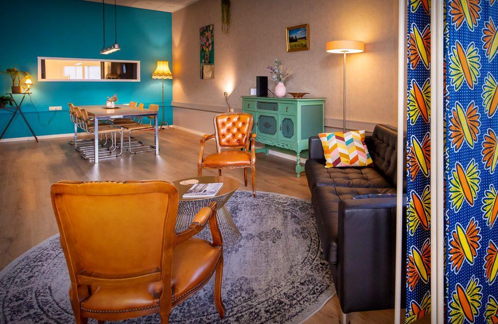 Lounge van Studio IKOON - fotostudio huren TIlburg